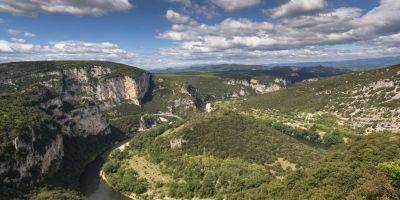 1-Les Gorges de lArdeche classees Reserve naturelle nationale depuis 1980  Christian Boucher